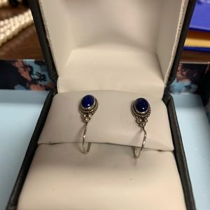 Jewelry - Small Sterling Sliver dark blue onyx earrings